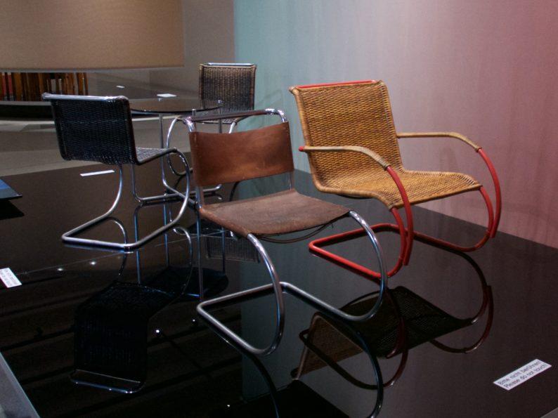Bauhaus Museum - Stühle von Marcel Breuer