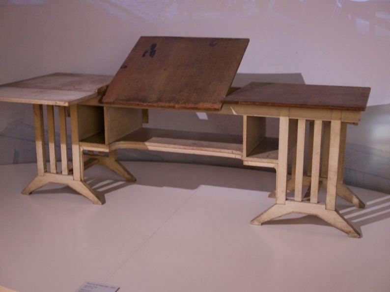 Schreibtisch von Henry van de Velde