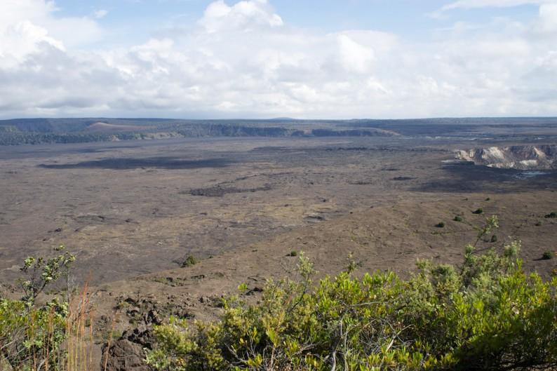 Big Island - Hawaii Volcanoes NP - Kraterlandschaft