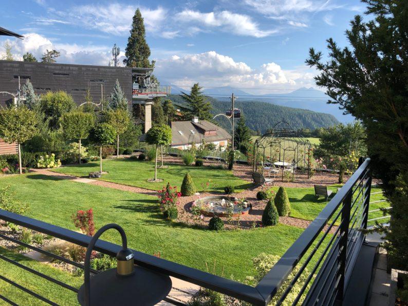 Guesthouse La Gloriette - Oberbozen - Blick in den Garten