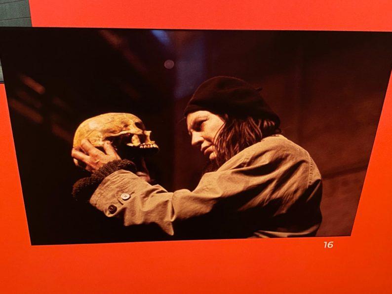 Hamlet von Peter Zadek mit Angela Winkler, Wien 1999