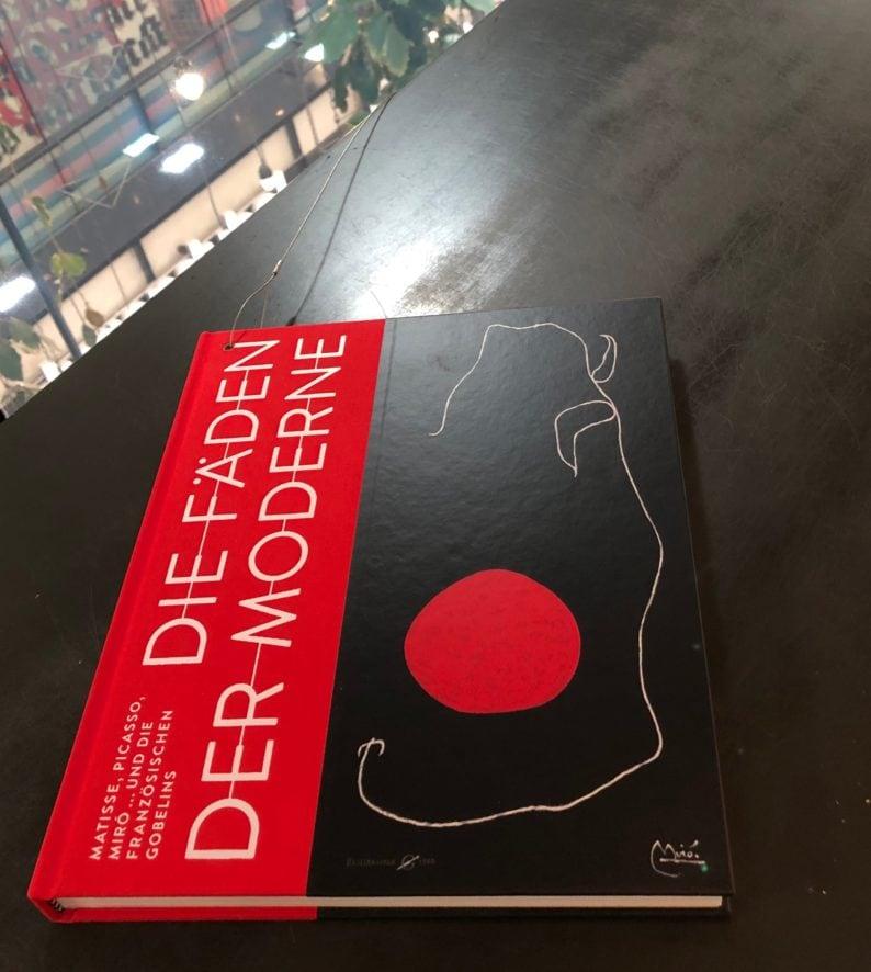 Katalog zur Ausstellung - Die Fäden der Moderne