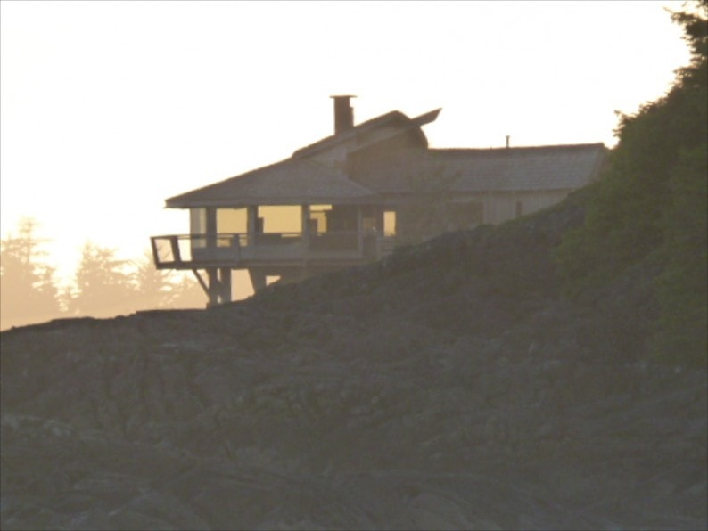 Tofino - Chesterman Beach Strandvilla am Abend